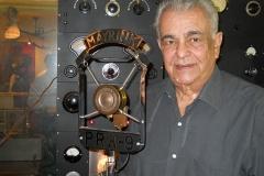 Tony Mayrink Veiga emocionado com a inauguração da exposição