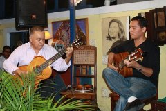 Genésio Nogueira e Alan 7 cordas dividem o palco pela primeira vez ao som de choro