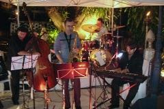 Show com músicas de Valle no histórico Largo da Mãe do Bispo