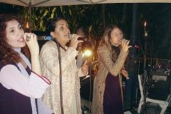 Trio de cantoras homenageando Ivan Lins