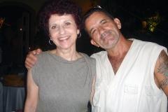 A cantora Clara Redig e o pesquisador Euclides Amaral