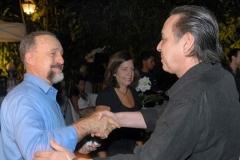 Ricardo Cravo Albin cumprimenta Edu Lobo